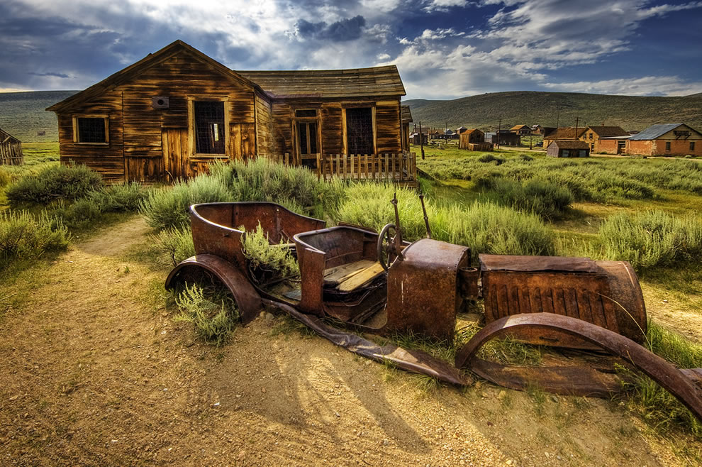 abandoned car at ghost town Bodie