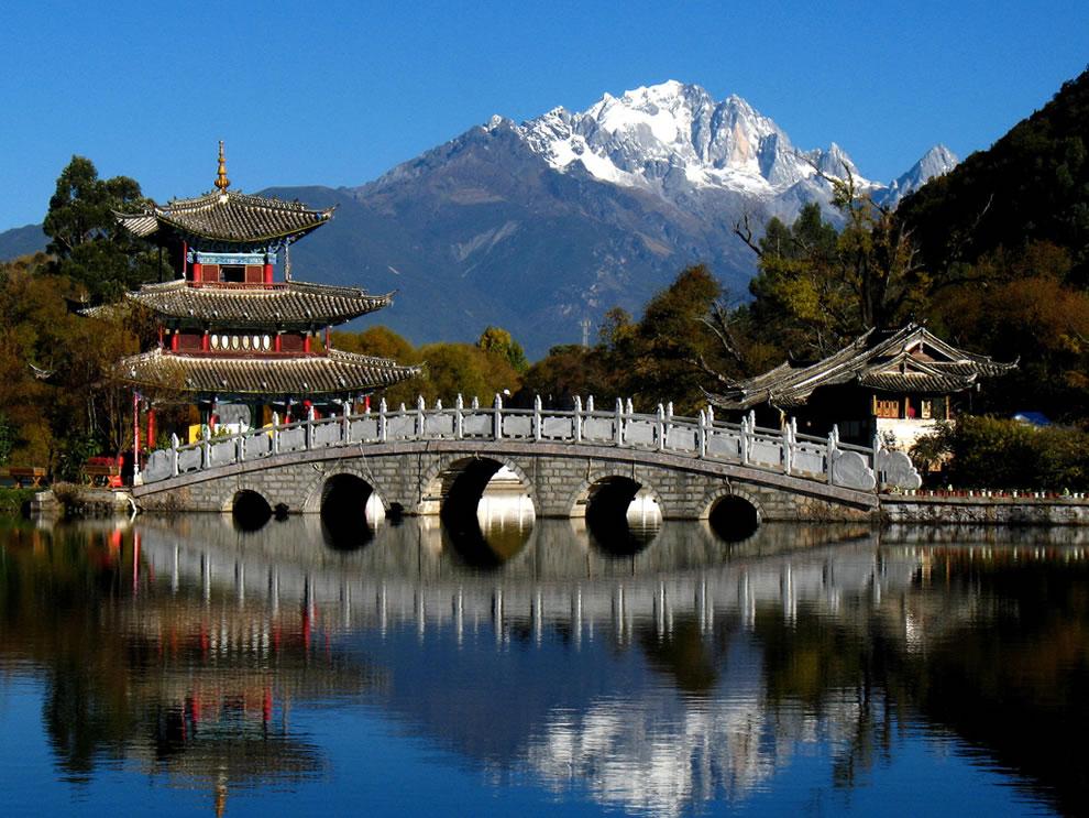 Chinese Gardens - Heilong Tan Park, Lijiang