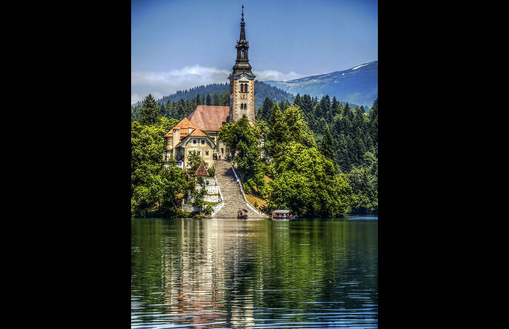 Island Bled - Church of Assumption