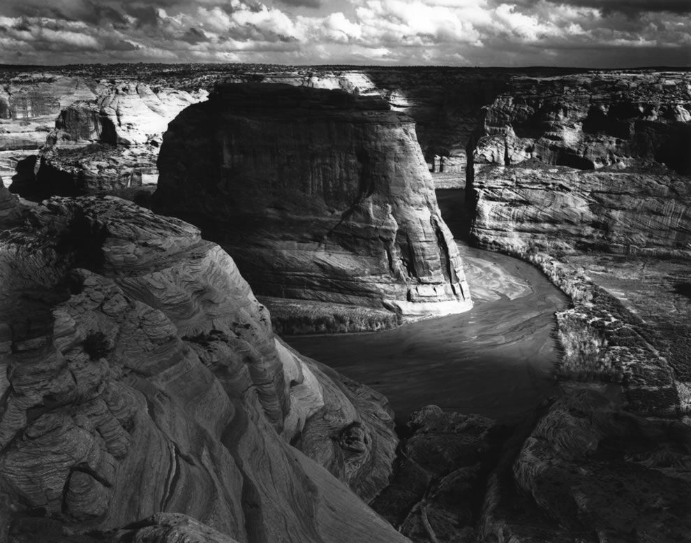 Canyon de Chelly, panorama of valley from mountain