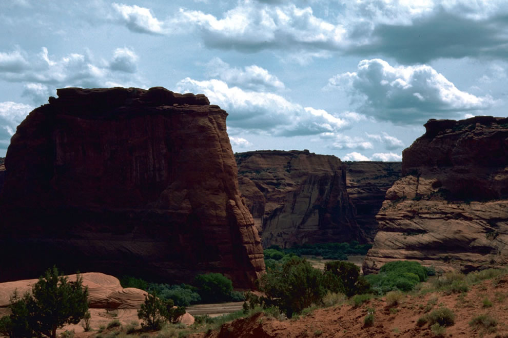 View Canyon de Chelly National Monument