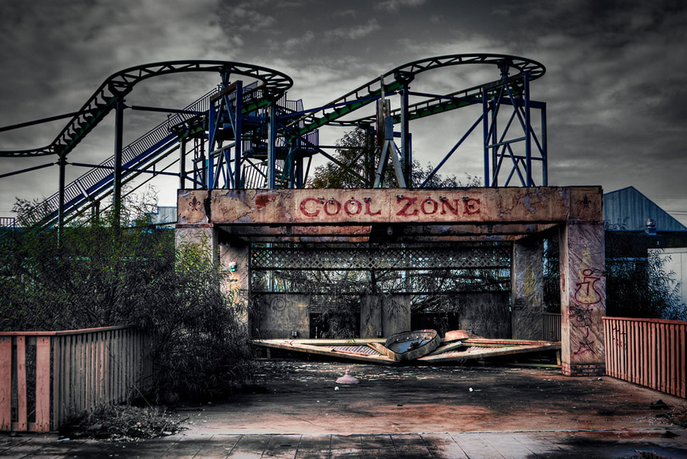 Crumbling illegal tour of abandoned six flags new orleans 75 pics
