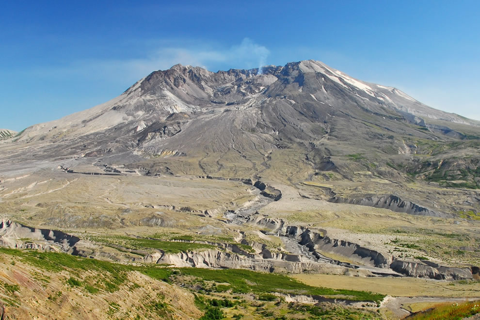 Mount Saint Helens from Johnston Ridge, State of Washington