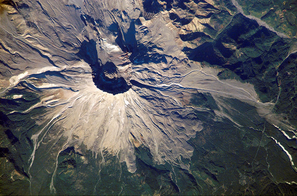 Mount St. Helens from the ISS in 2002