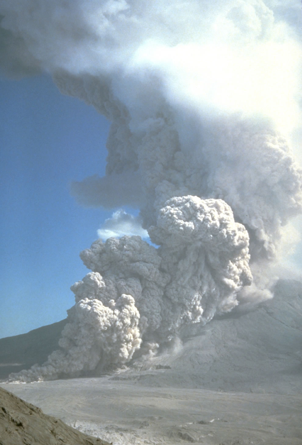 a pyroclastic flow from the August 7, 1980 eruption stretches from Mount St. Helens' crater to the valley floor below