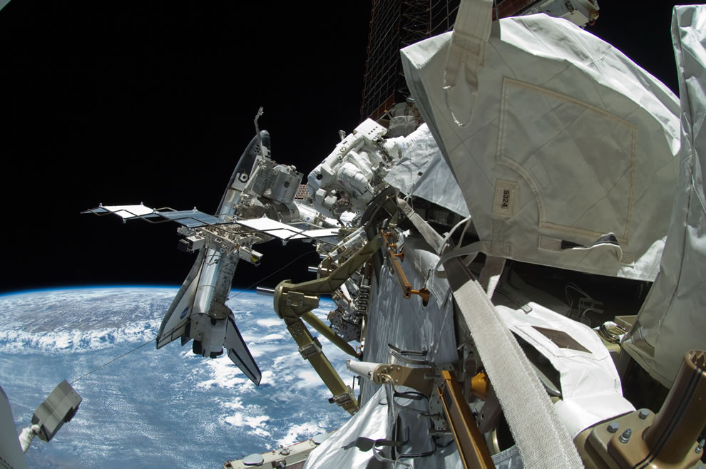 27 May 2011 7-hour, 24-minute spacewalk - NASA astronauts Endeavour last spacewalk