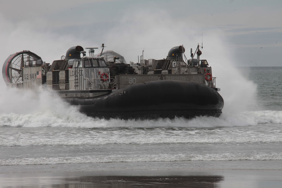 U.S. Navy Landing Craft Air Cushion 30 makes a beach landing during Pacific Horizon   11 at Camp Pendleton