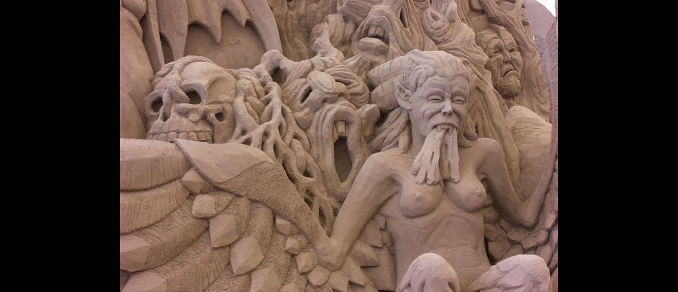 Circle 7 closeup of sand sculpture Harpies Taunting the Suicides Dante's Hell