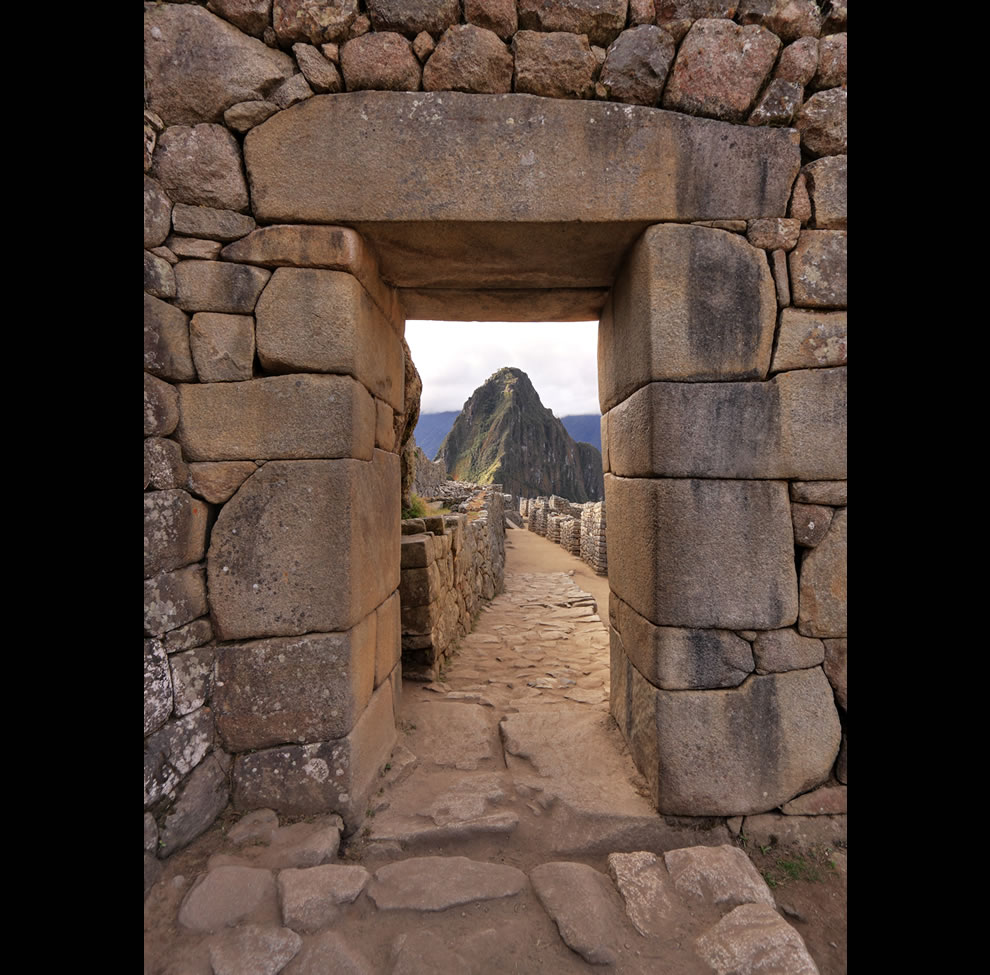 Wayna Picchu viewed from Machu Picchu&#039;s access gate