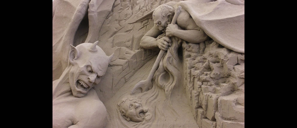 eternal damnation in sand sculpture awaiting corrupted politicians in Dante's Hell - Circle 8