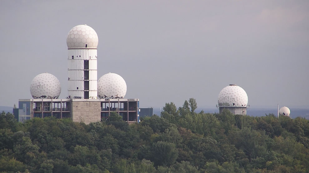 Building on Devil's Mountain Teufelsberg abandoned NSA Listening Station