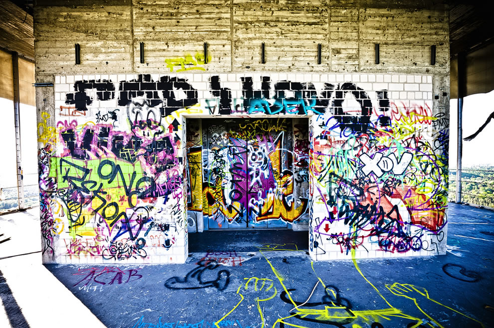 Inside Berlin Teufelsberg graffiti 2011
