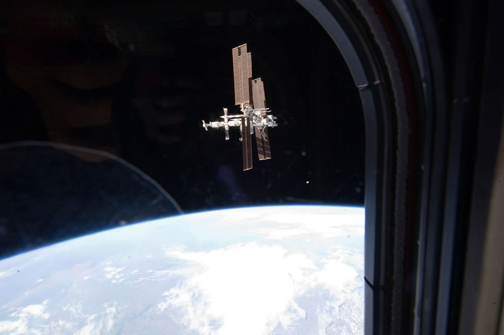 Last view from Atlantis of ISS