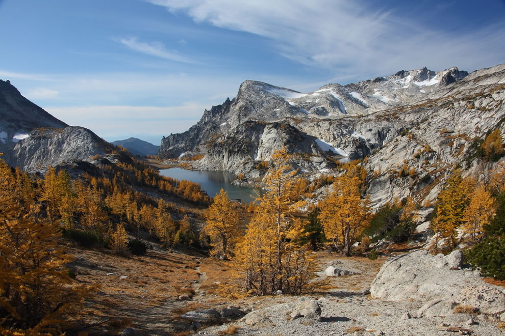 Enchantments basin from Prusik pass