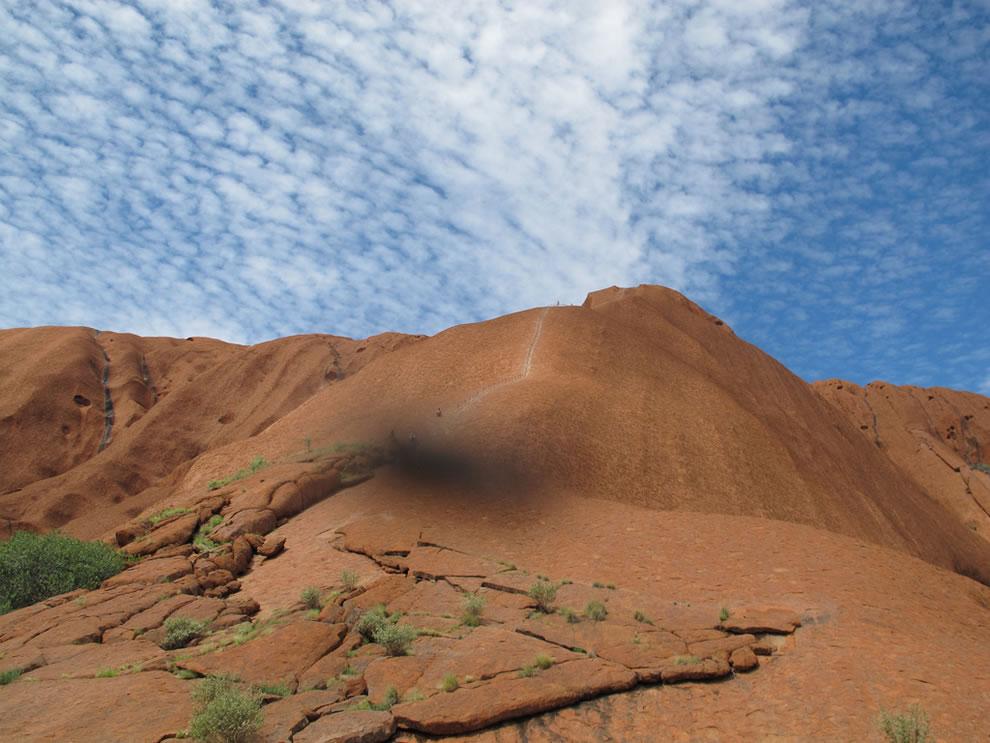 path to climb uluru