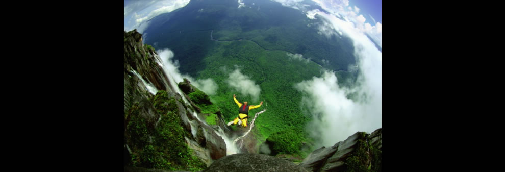 Angel Falls Base jumping Freefall