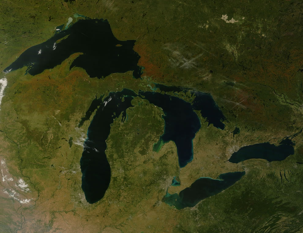 Great Lakes from space during autumn to see fall colors