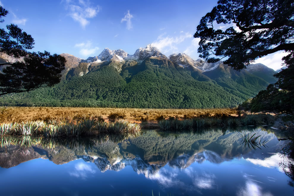 &#039;Mother Nature&#039;s Mirror,&#039; New Zealand, Milford Sound, Mirror Lake