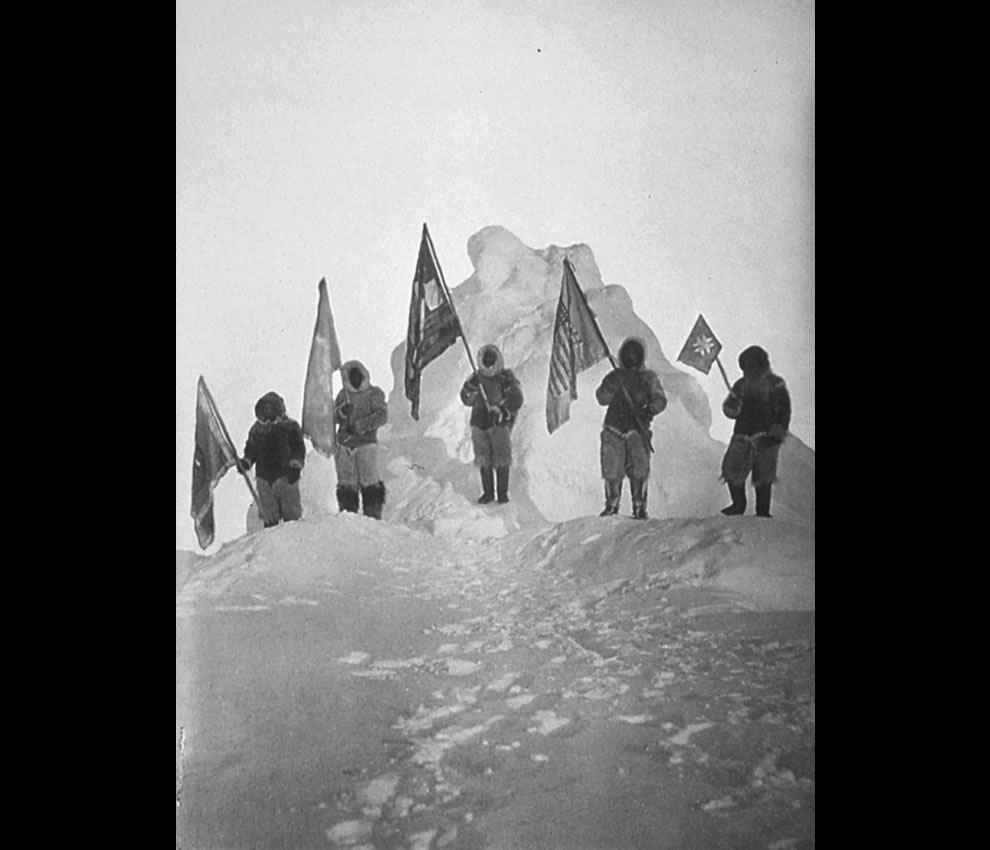 April 1909 Peary Sledge Party and Flags at the North Pole