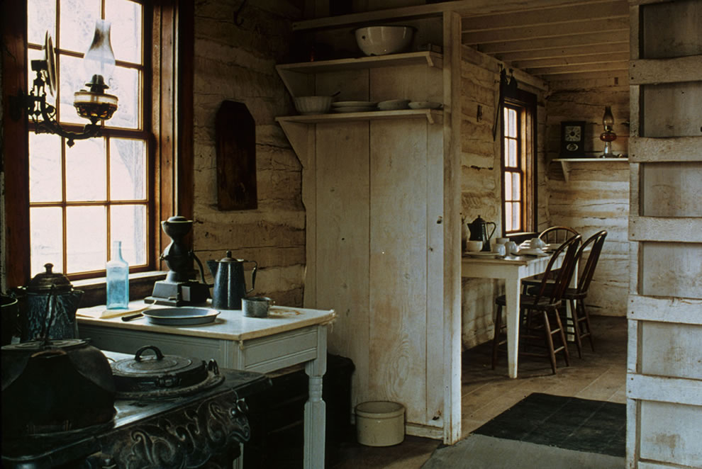 TRNP historic Maltese Cross Cabin's kitchen