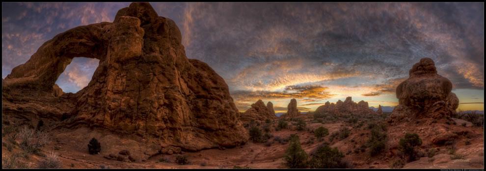 Sunrise on Thanksgiving Morning in the Garden of Eden in Arches National Park near Moab, Utah