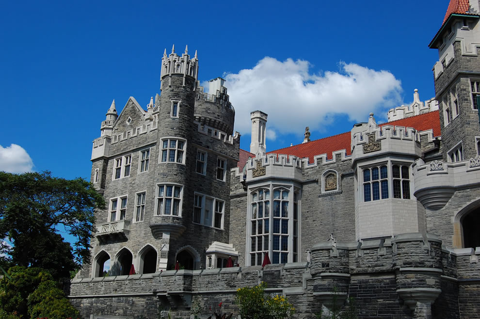 Built for love in Canada -- Casa Loma