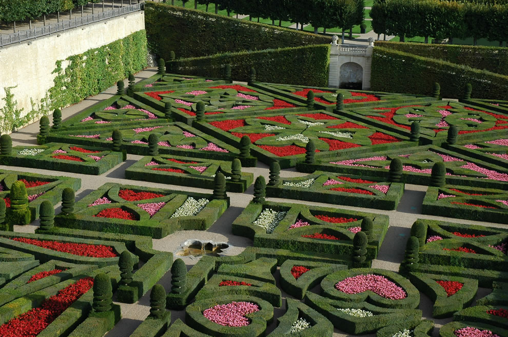 Chateau Villandry the love garden -- geometric garden of crosses -- Maltese Cross, Languedoc cross, Basque cross, Fleur-de-lis lily symbol