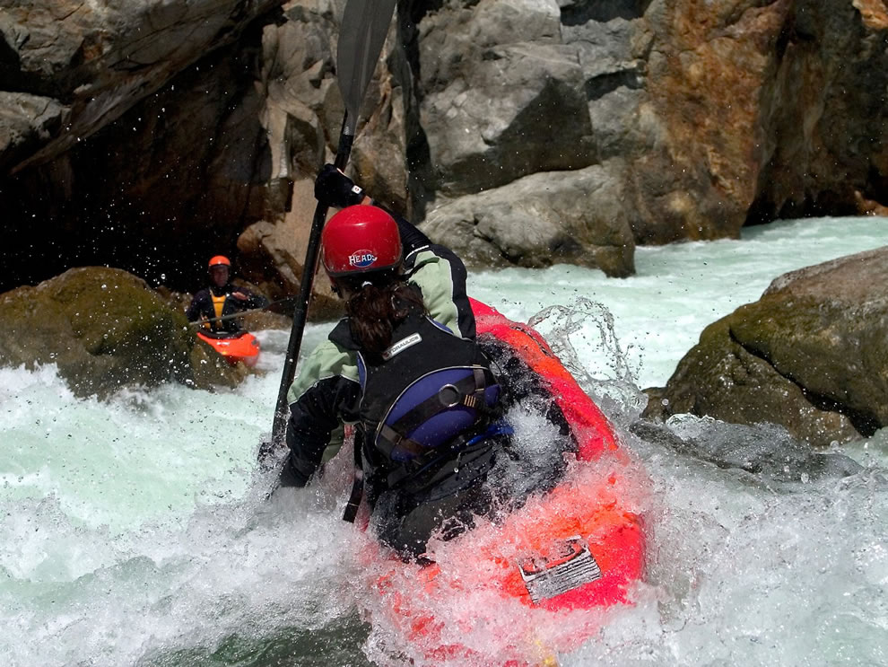 Kayak Running Bloomer Falls Salmon River California