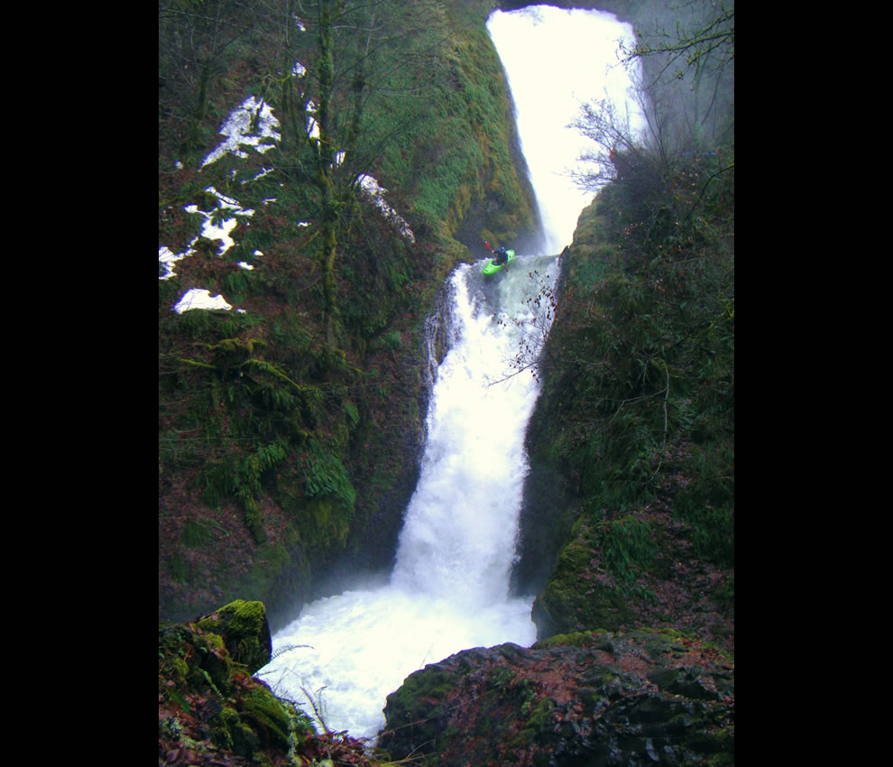 Kayaking down Bridal Veil Falls, Oregon, Columbia River Gorge