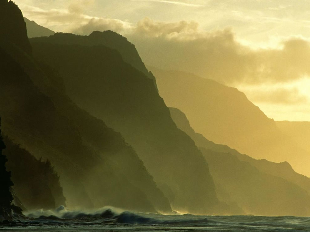 Na Pali Coast at Sunset, Kauai, Hawaii