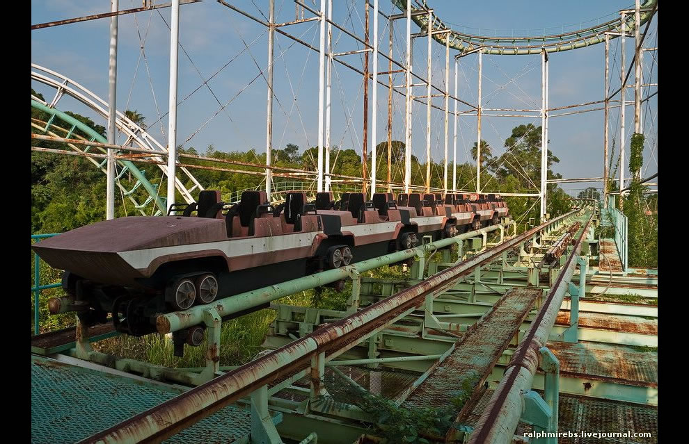 Screw coaster cars, August 2011