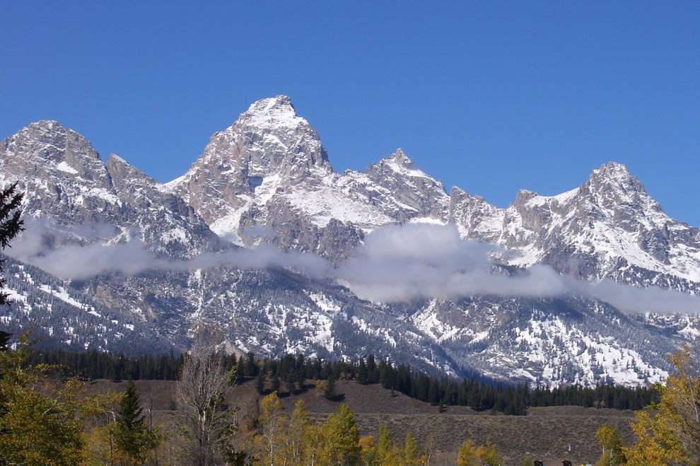 Grand Teton with snow, Moose Entrance, fall