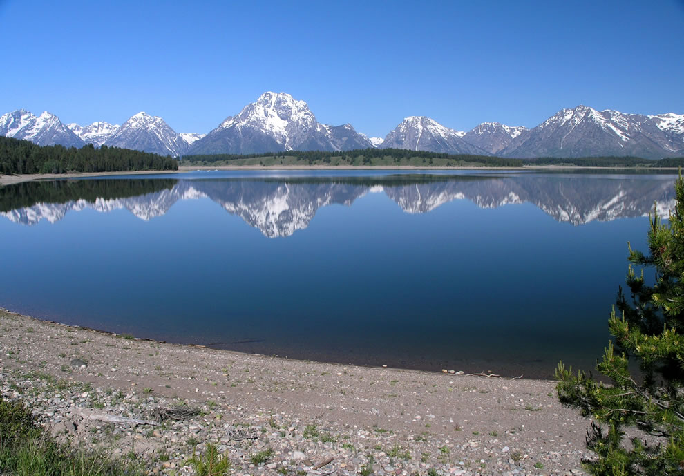 Jackson Lake and Grand Teton National Park