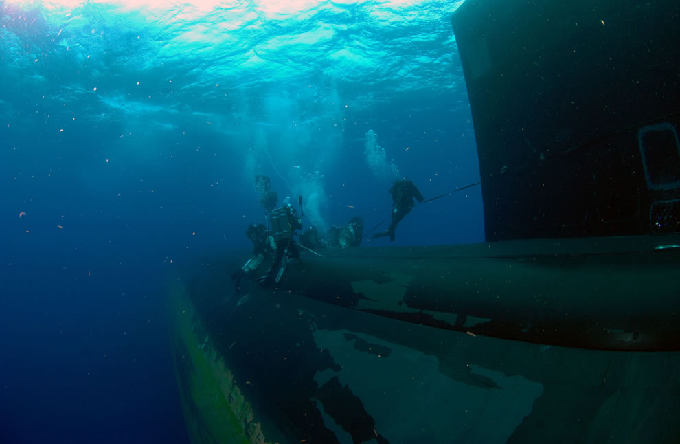 Attack of the frogman, submarine, SEALs