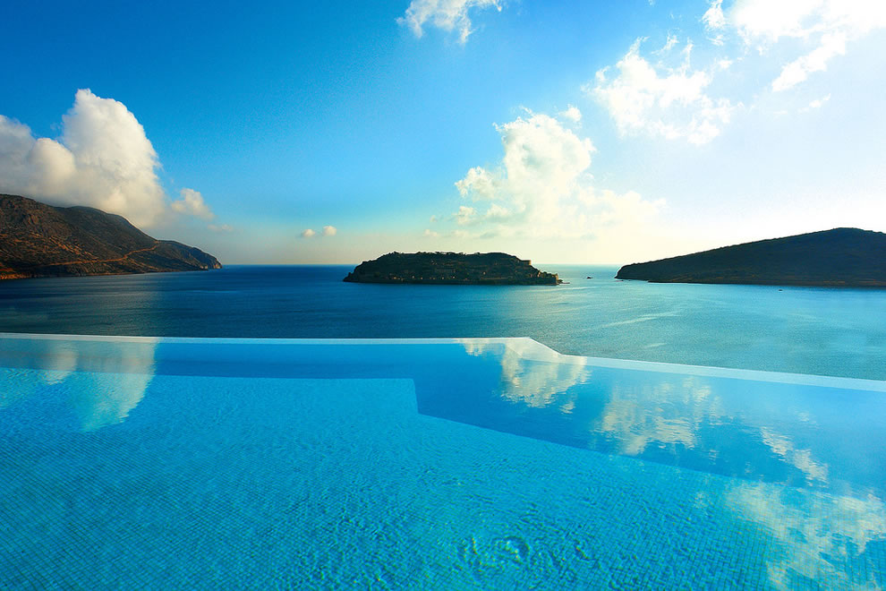 Blue Palace Resort Spa Elounda, a private infinity-edge pool in Greece