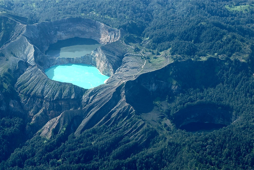 Kelimutu Colored Lakes - Komodo, Indonesia