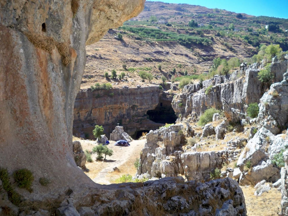 Lebanon, Baatara gorge in Tannourine
