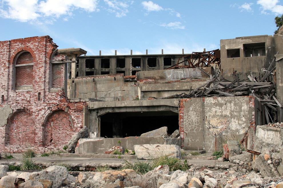Hashima Island 端島(軍艦島)Destroyed Wall