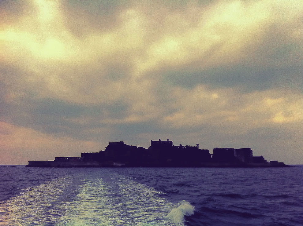 Abandoned Hashima, the model mocked to be the hacking headquarters of a 007 villain in Skyfall