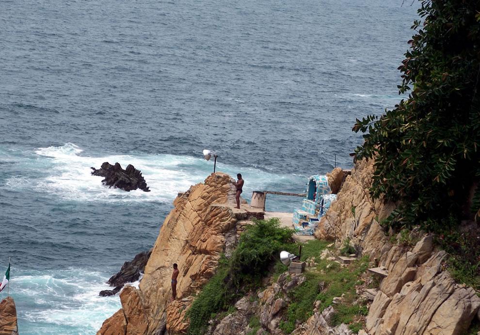 Clavadistas en La Quebrada en Acapulco, Guerrero, México