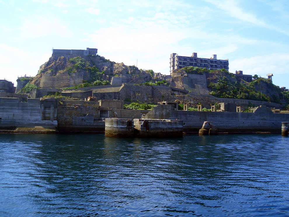 Approaching Gunkanjima, Battleship Island, island in ruins from James Bond Skyfall