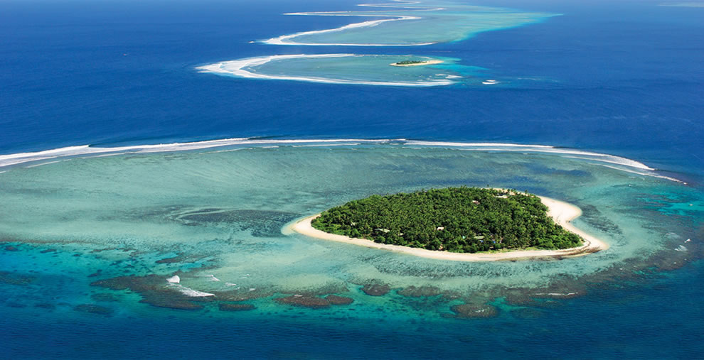 Heart-shaped island, Tavarua Island resort
