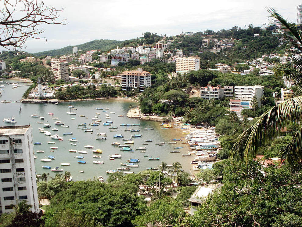 Manzanillo beach, a beach in the tourist area of Acapulco