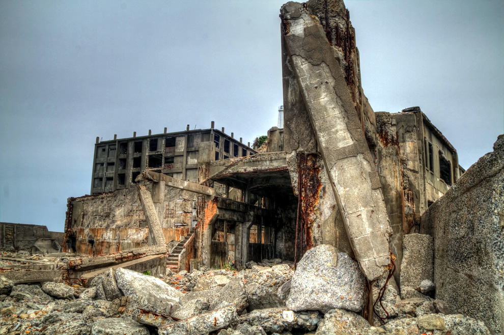 Abandoned Hashima City: Island Inspiration for James Bond Movie 'Skyfall'