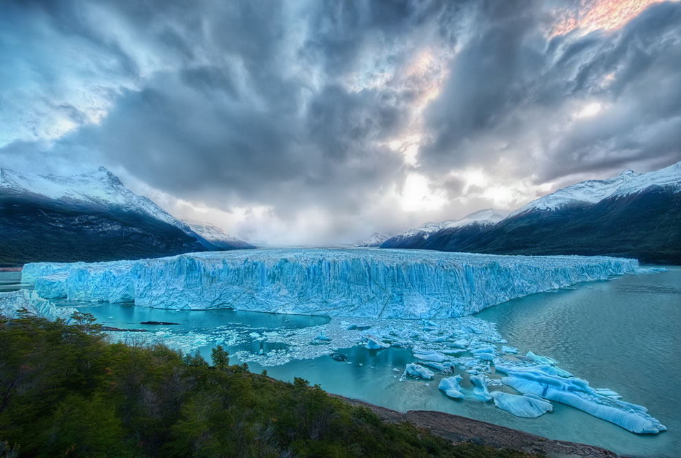 Perito Moreno glacier as seen from the edge of Lago Argentino