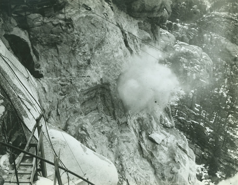 Dynamite to carve the presidents faces into Mt Rushmore