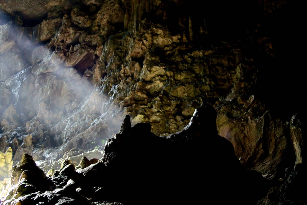 Shaft of sunlight into Blue Lake cavern
