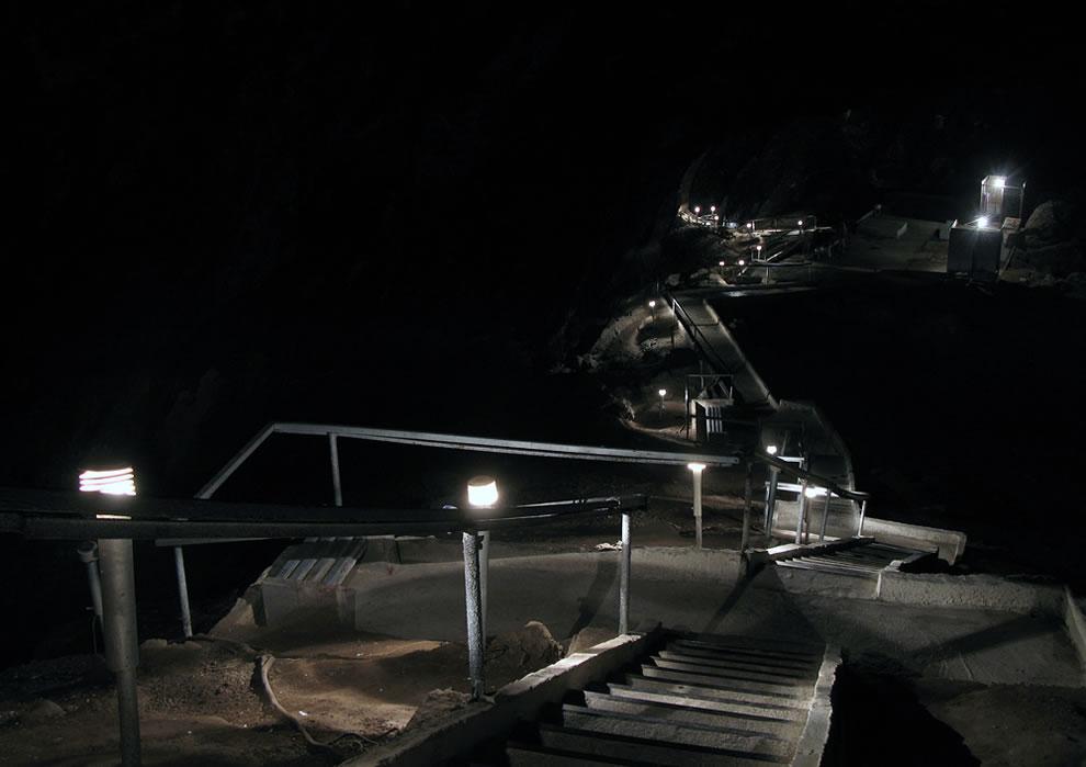 Kow Ata Underground Lake