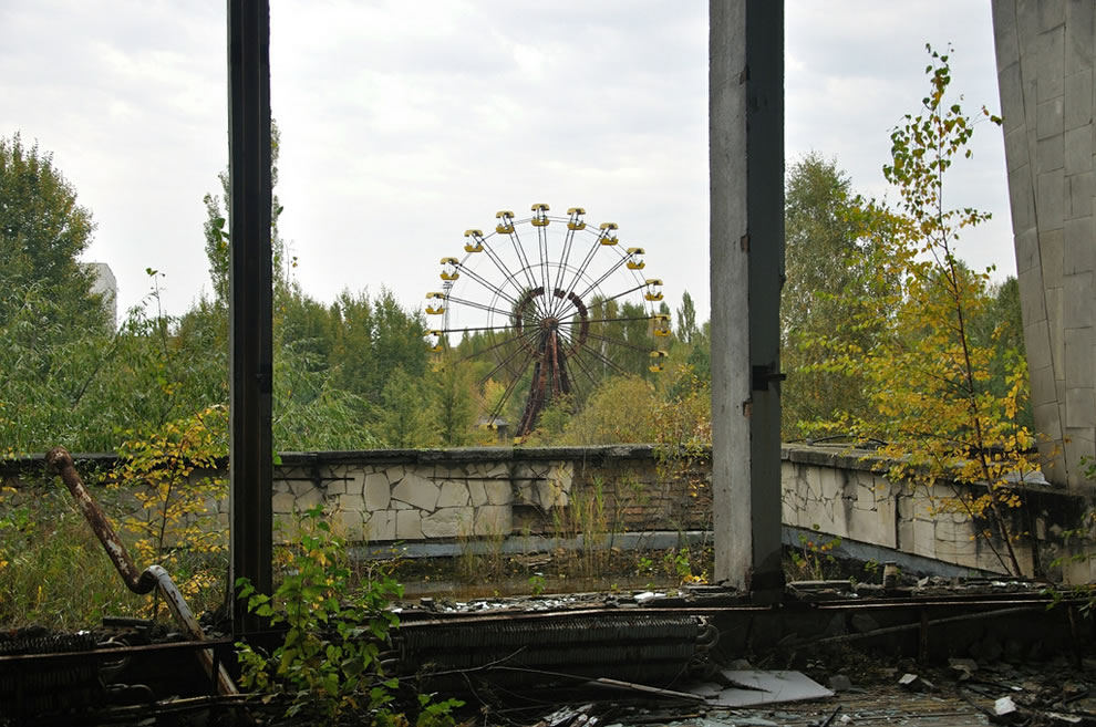 Urbex Chernobyl Exclusion Zone in autumn 2012