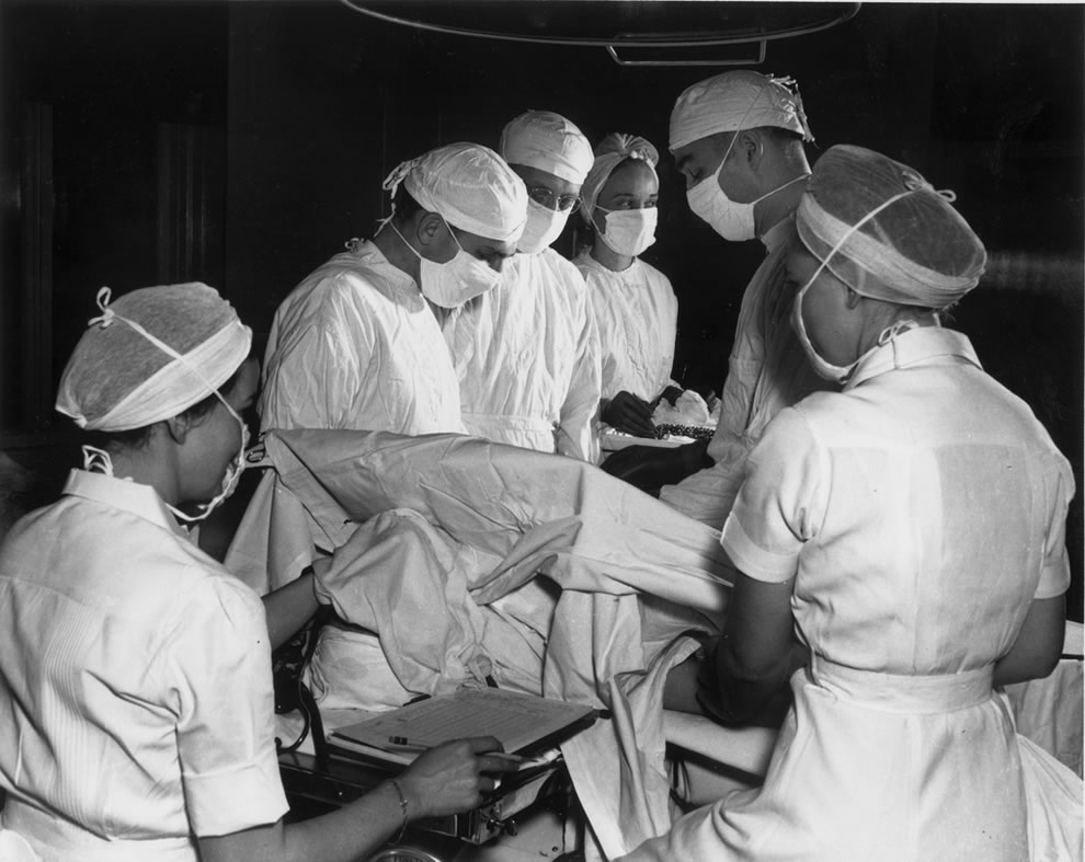 1944 Operation at Oak Ridge Hospital